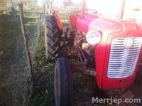 shes traktorin gjendje rregull
