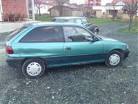 Opel Astra 1.4 benzin -92