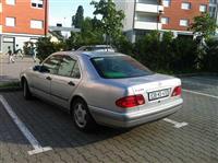 Mercedes E240 benzin -99