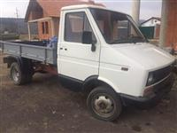 Kamionet  iveco
