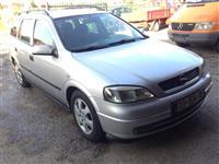 Opel.  Astra