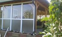 Dyr dritare nga Plastika