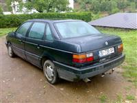 VW PASSAT 1.8 BENZIN PLIN I REGJISTRUAR -90