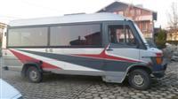 Shitet Minibus 410-Dme Super-Gjendje