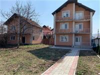 LINA-Shiten 2 shtepi me 5 ari oborr Ferizaj