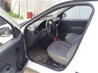 shes Dacia Logan 1.4