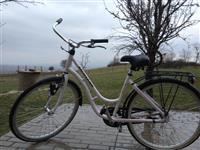 shes bicikleten e ardhur nga gjermanija