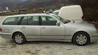 Mercedes benz e 220 cllasic