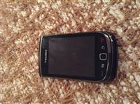 Shitet telefoni BlackBerry Rruga Viktor Eftemiu