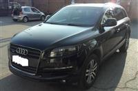 Shes ose nderroj Audi Q7  me 7 ulese