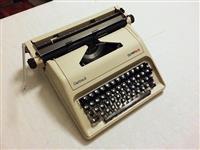 Makinë e shkrimit - Carina 2 Olympia