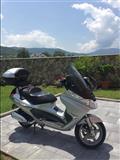Motorr PIAGGIO X8
