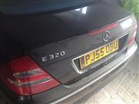 Mercedes E320 me tabela te anglis