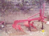 Pllugj Traktori 755