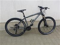 Bicikleta Room 27.5