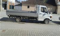 kamijoneta mercedes 208