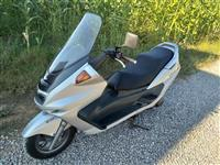Grand skuter yamaha origjinal 250 cc