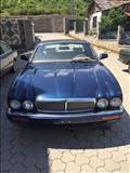 Shitet vetura Jaguar