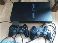 PS2 me 2 kontrollues dhe lojra te ndryshme ne USB