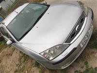 Ford Mondeo 2.0benzin  2001