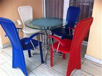 Setet e tavolinave me karrike