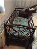 Shes krevetin per femijë ne gjendje te rregullte