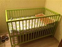 krevet per beba 0 deri 3 vjet