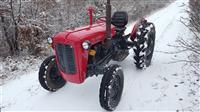 Shitet traktor imt 539 vit 1987
