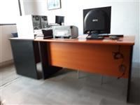 Shiten tavolina per zyre me karrige