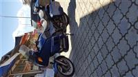 Shes motorrin BMW LTK 100