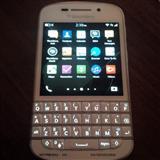 shes dy moabila blackberry Q10 ne gjendje te shkel