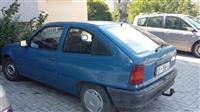 Shitet Opel Kadett 1.6I