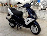 Skuter 50cc urgjent  210€