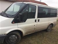 Shes Kombin transportus Ford Transit