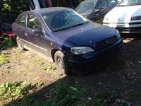 Opel astra g 2 dyersh 1.4 ecotec per pjese
