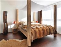 Dhomë gjumi 100% me dru (me porosi)