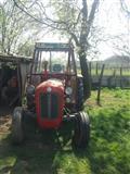 u shit Traktor imt-539