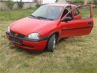shitet Opel Corsa 1.0B