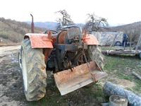 traktor FiAt universal 445