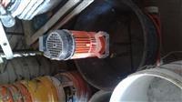 Mixser per perzierjen e ngjitesit (Mallterit)