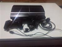 Playstation 3,me nje joystick,1 cd.