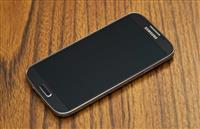 Shes Samsung Galaxy S4 I9505