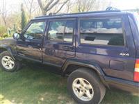 Jeep Cherokee 2.5 benzin/plin