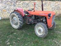 Shitet traktori IMT 33