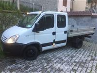 Shitet kamionet Iveco