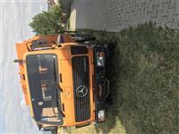 kamion per mbeturina