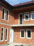 Dyer dhe Dritare25%zbritje sezonale LAMI PLAST