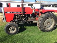 Shitet Traktori IMT 560