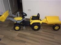 traktor per femi 5 deri 6 Vjet