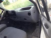 Ford-Transit Shitet-Ndrrohet